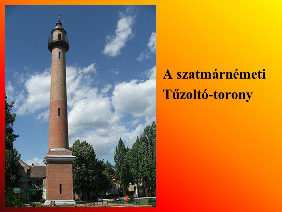 1903-ban Meszlenyi Gyula püspök 20000 aranykoronás adományából felépítik a Tűzoltó-tornyot.