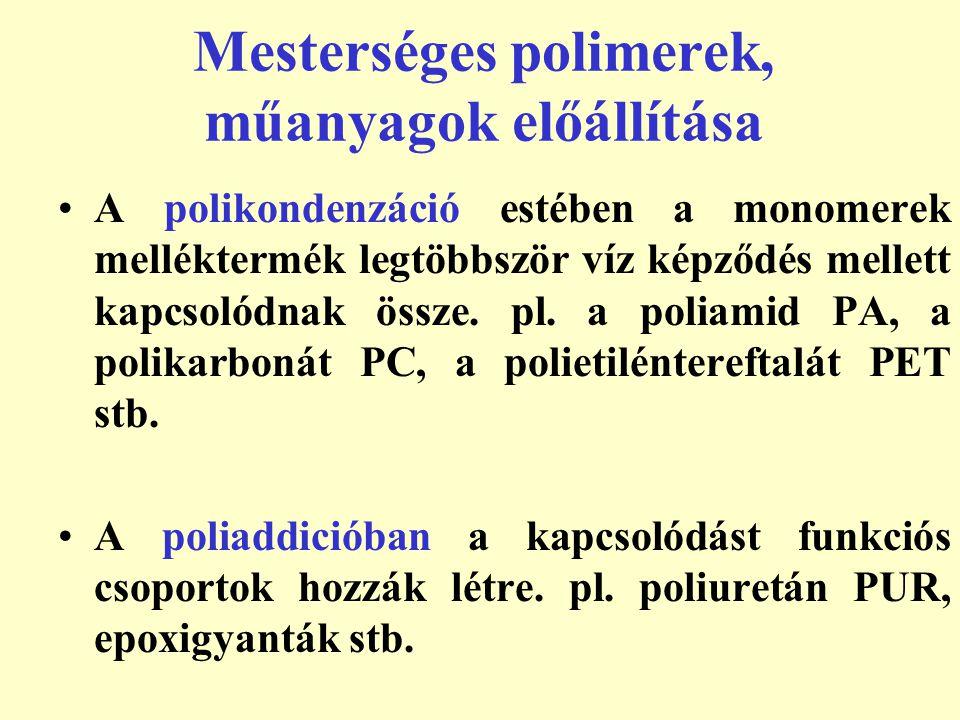 Hővel szembeni viselkedés alapján: Hőre lágyuló Hőre keményedő Tulajdoságok alapján: Tömegműanyagok Műszaki műanyagok Különleges tulajdonságú műanyagok Mesterséges polimerek, műanyagok