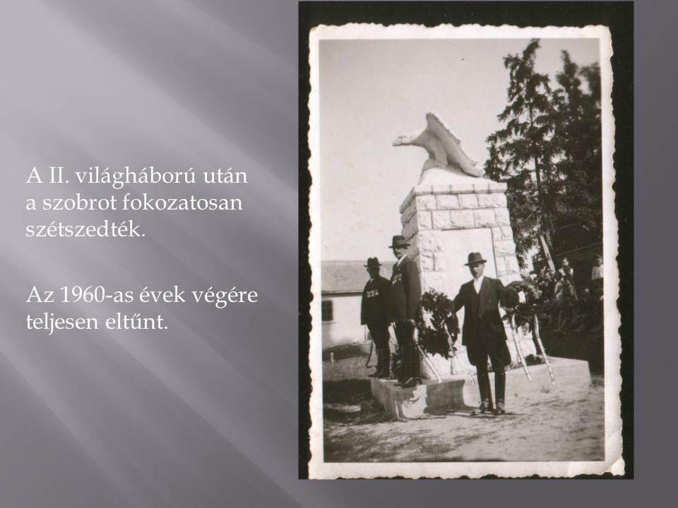 """A 2001-es emlékm ű 2001-ben, a református lelkész kezdeményezésére, Biharon felállították a """"harmadik turul emlékművet a bihari református templom kertjében."""