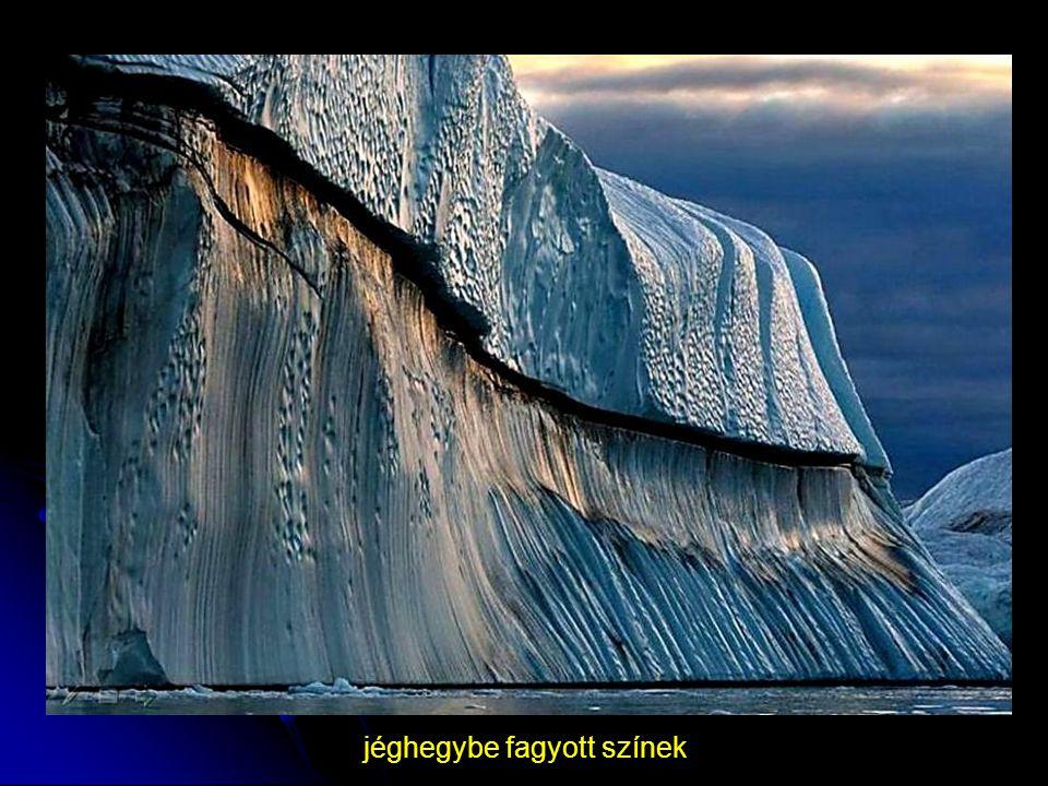 jéghegybe fagyott színek
