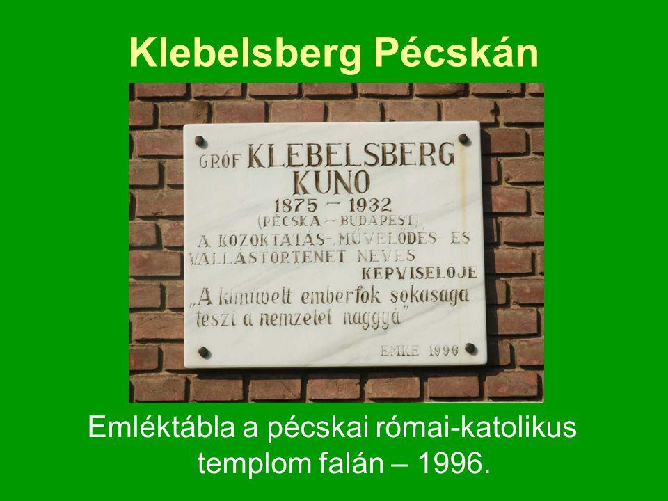 Emléktábla a pécskai római-katolikus templom falán – 1996.