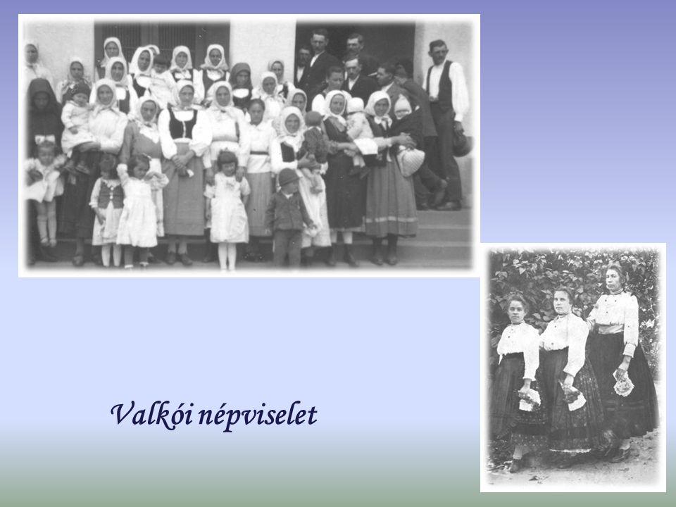 Valkói népviselet