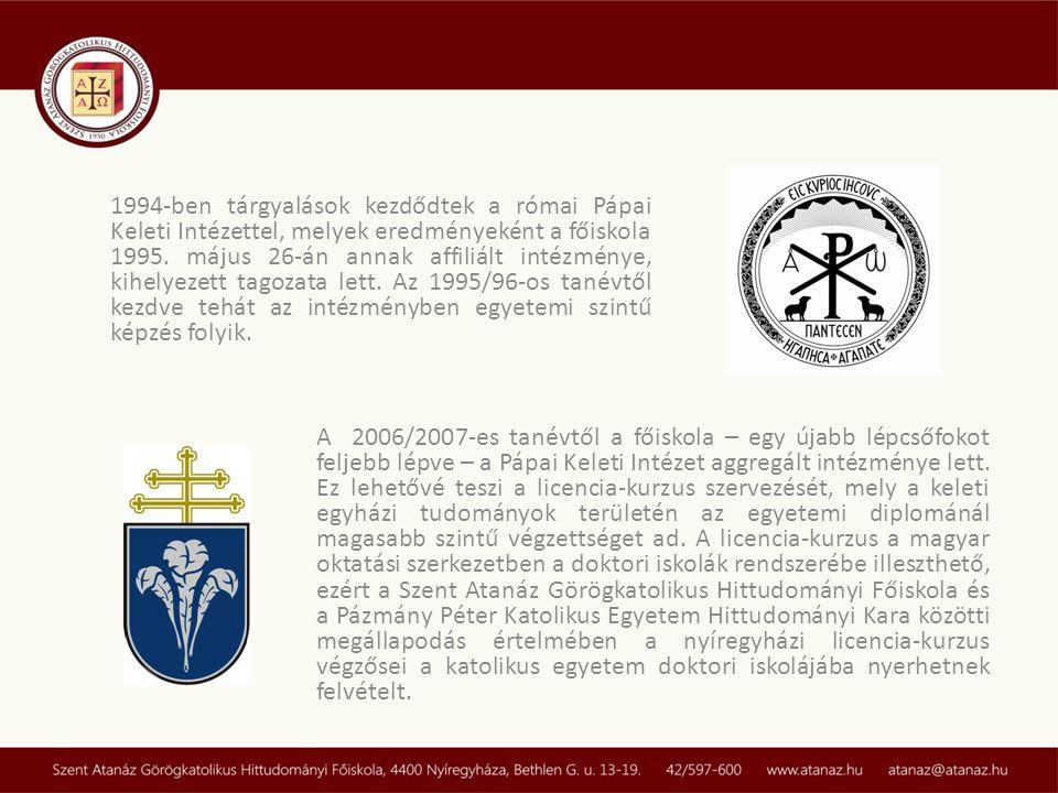 1994-ben tárgyalások kezdődtek a római Pápai Keleti Intézettel, melyek eredményeként a főiskola 1995. május 26-án annak affiliált intézménye, kihelyezett tagozata lett. Az 1995/96-os tanévtől kezdve tehát az intézményben egyetemi szintű képzés folyik.
