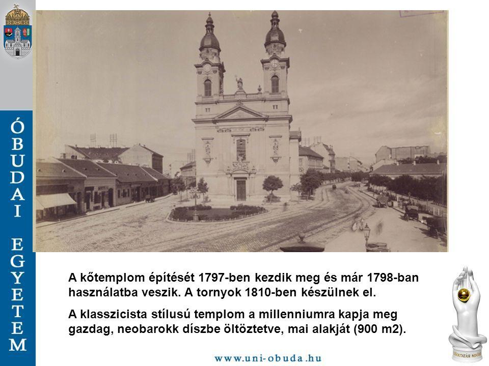 A kőtemplom építését 1797-ben kezdik meg és már 1798-ban használatba veszik. A tornyok 1810-ben készülnek el.