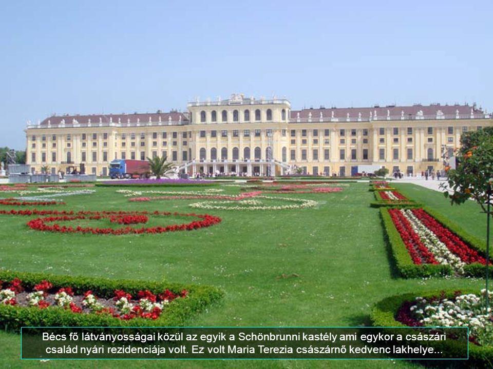 Bécs fő látványosságai közül az egyik a Schönbrunni kastély ami egykor a császári család nyári rezidenciája volt.
