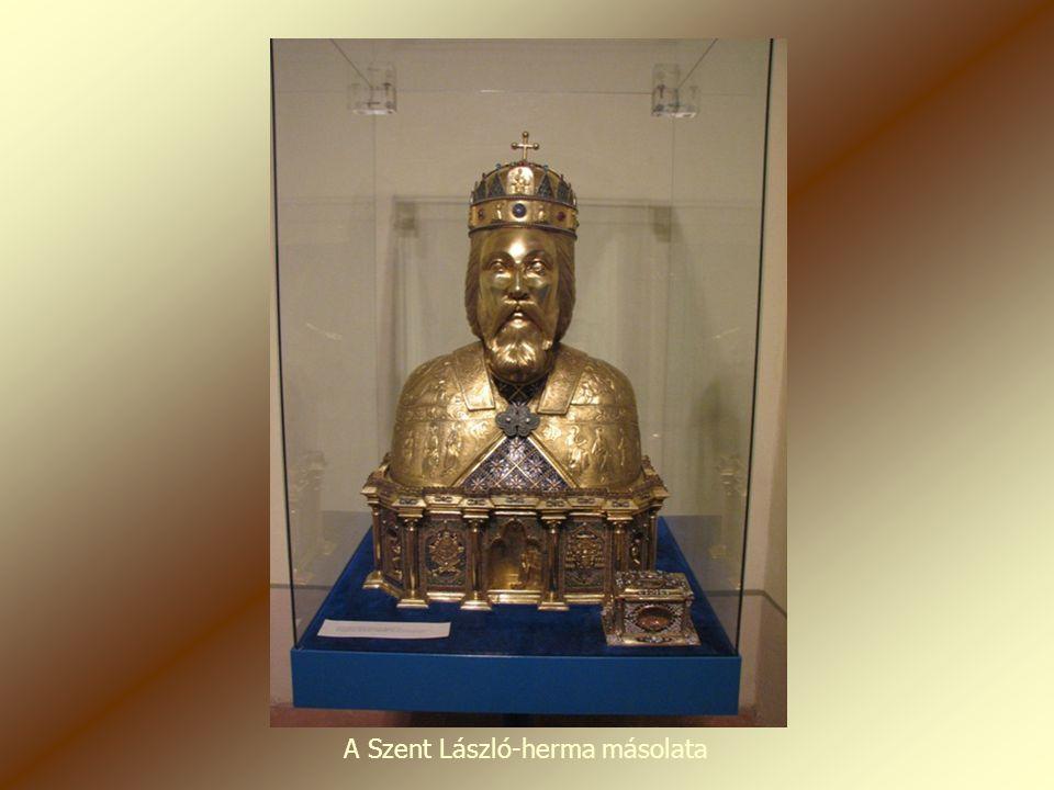 A Szent László-herma másolata