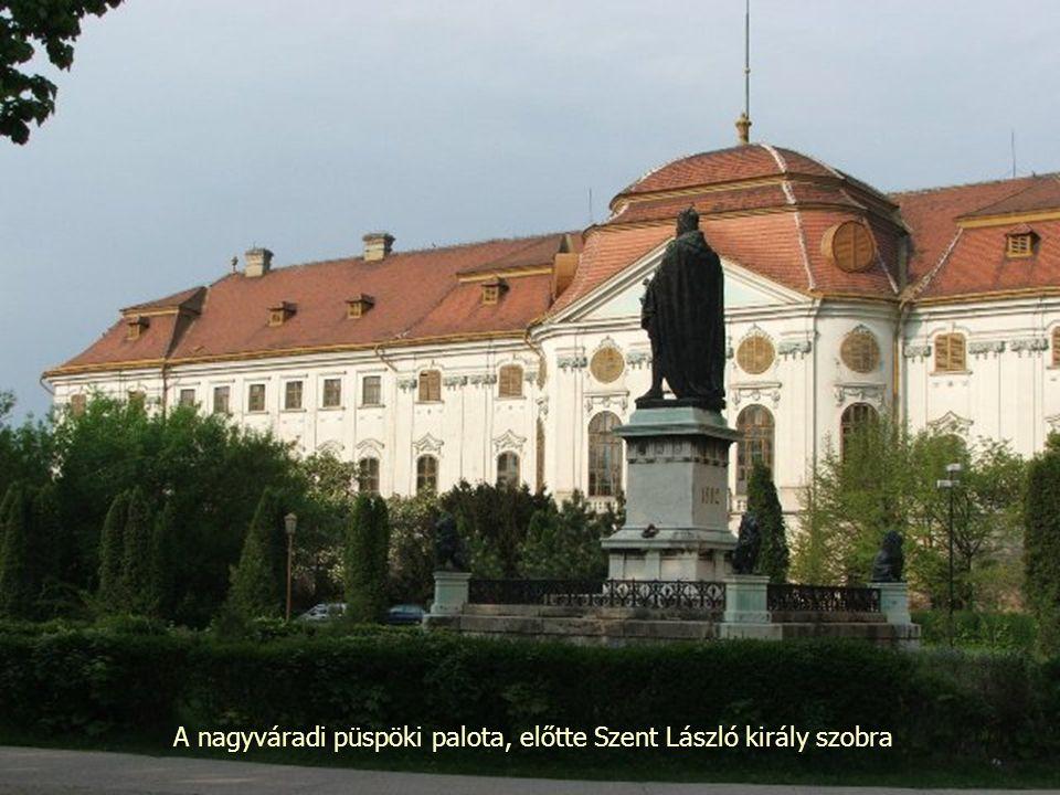 A nagyváradi püspöki palota, előtte Szent László király szobra