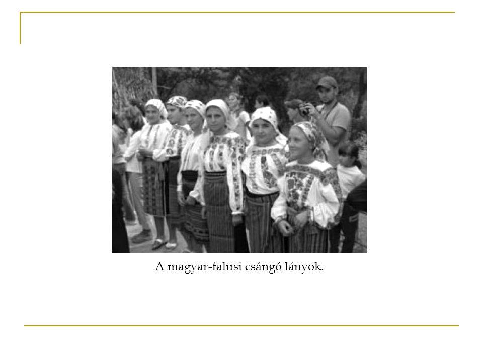 A magyar-falusi csángó lányok.