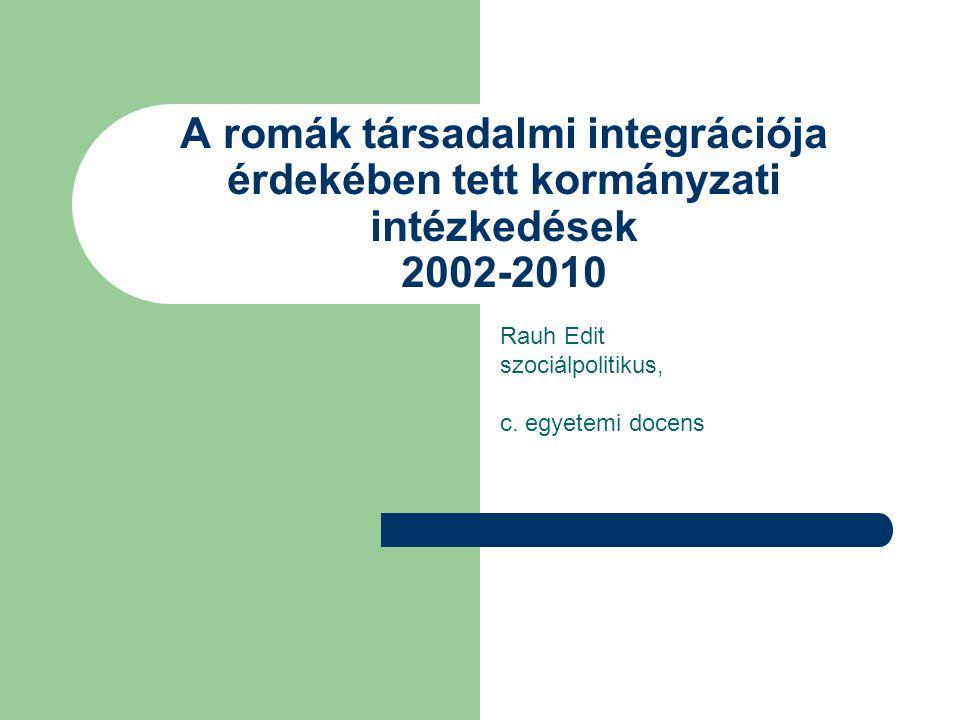 Rauh Edit szociálpolitikus, c. egyetemi docens