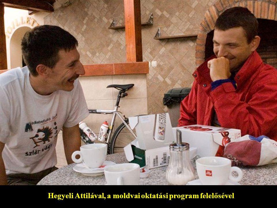 Hegyeli Attilával, a moldvai oktatási program felelősével