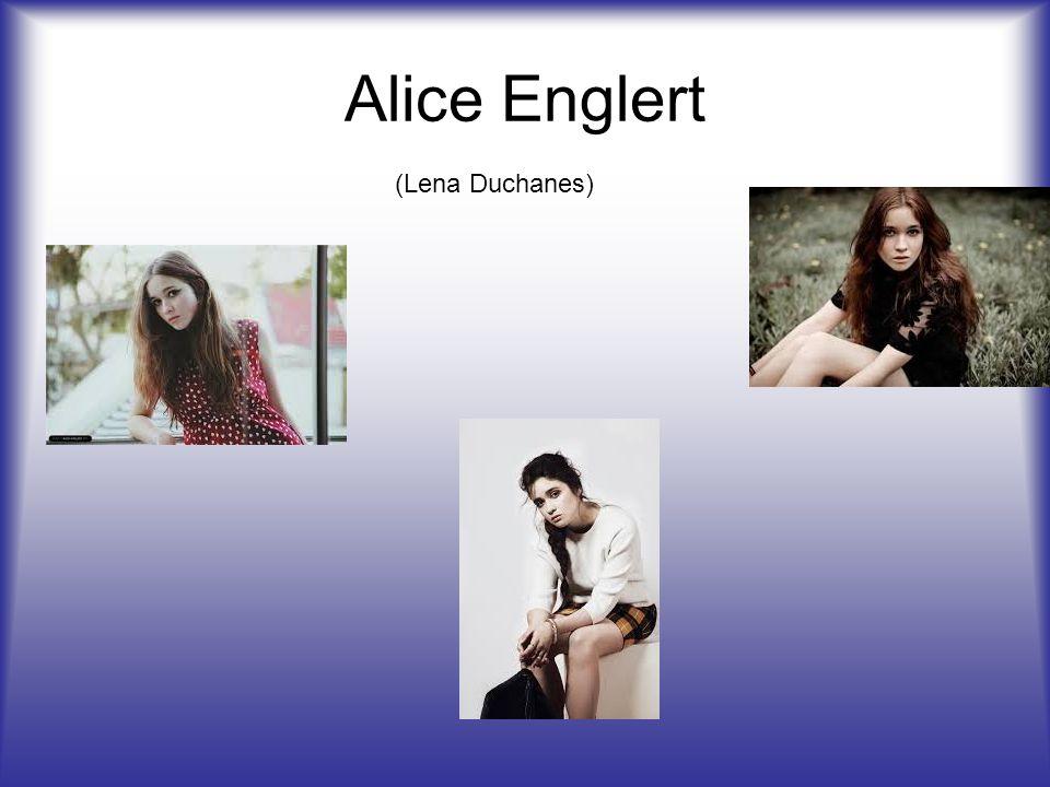 Alice Englert (Lena Duchanes)