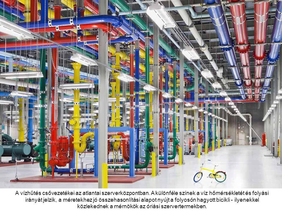 A vízhűtés csővezetékei az atlantai szerverközpontban