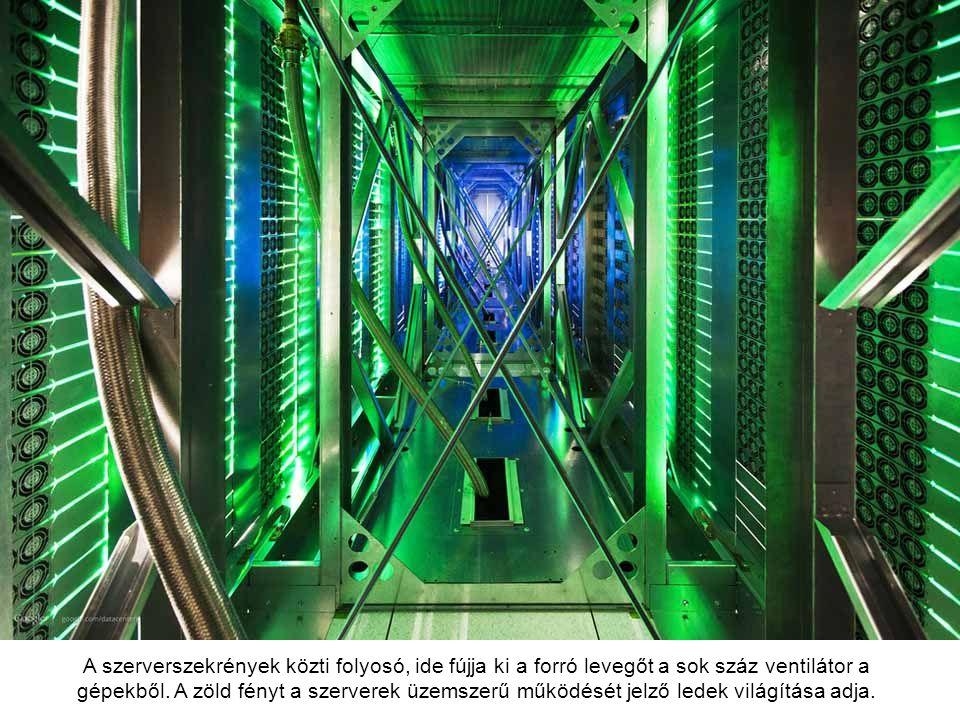 A szerverszekrények közti folyosó, ide fújja ki a forró levegőt a sok száz ventilátor a gépekből.