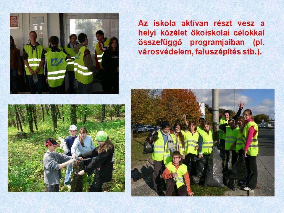Az iskola aktívan részt vesz a helyi közélet ökoiskolai célokkal összefüggő programjaiban (pl.