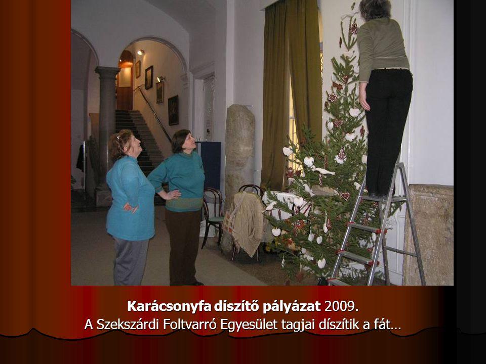 Karácsonyfa díszítő pályázat 2009.