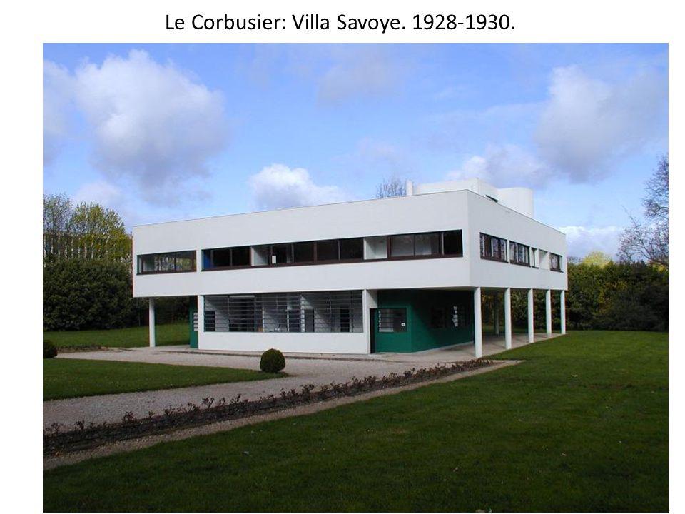Le Corbusier: Villa Savoye. 1928-1930.