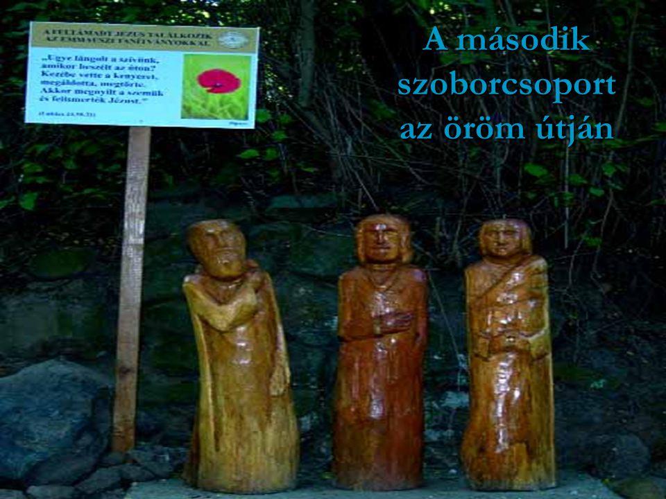 A második szoborcsoport az öröm útján