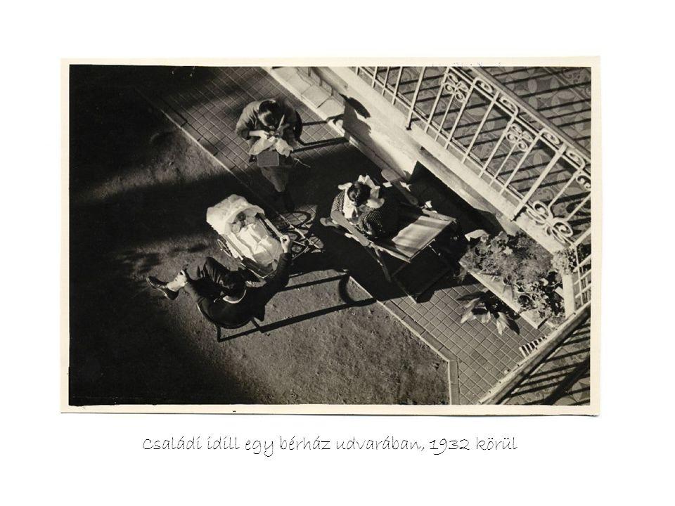 Családi idill egy bérház udvarában, 1932 körül