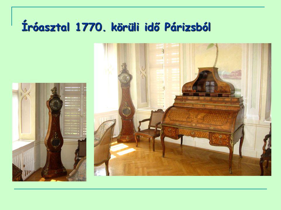 Íróasztal 1770. körüli idő Párizsból