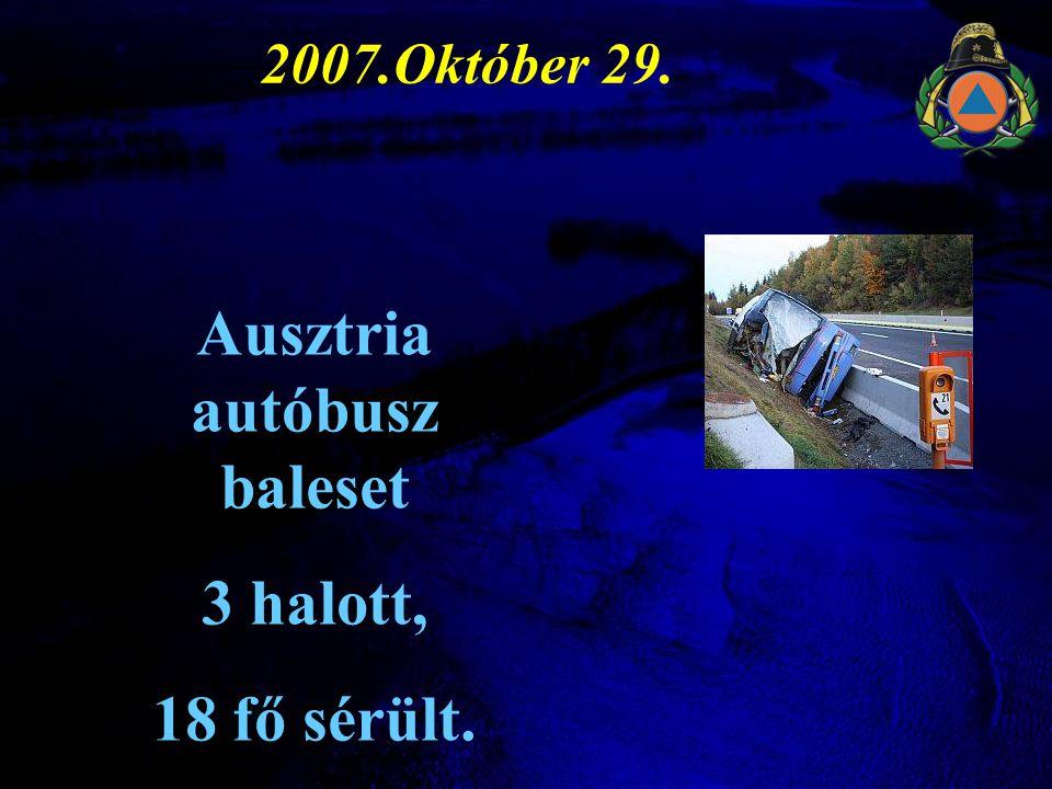 Ausztria autóbusz baleset
