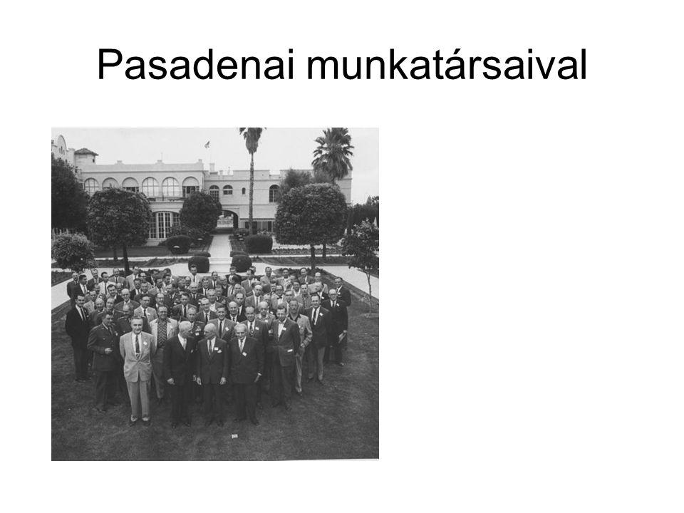 Pasadenai munkatársaival
