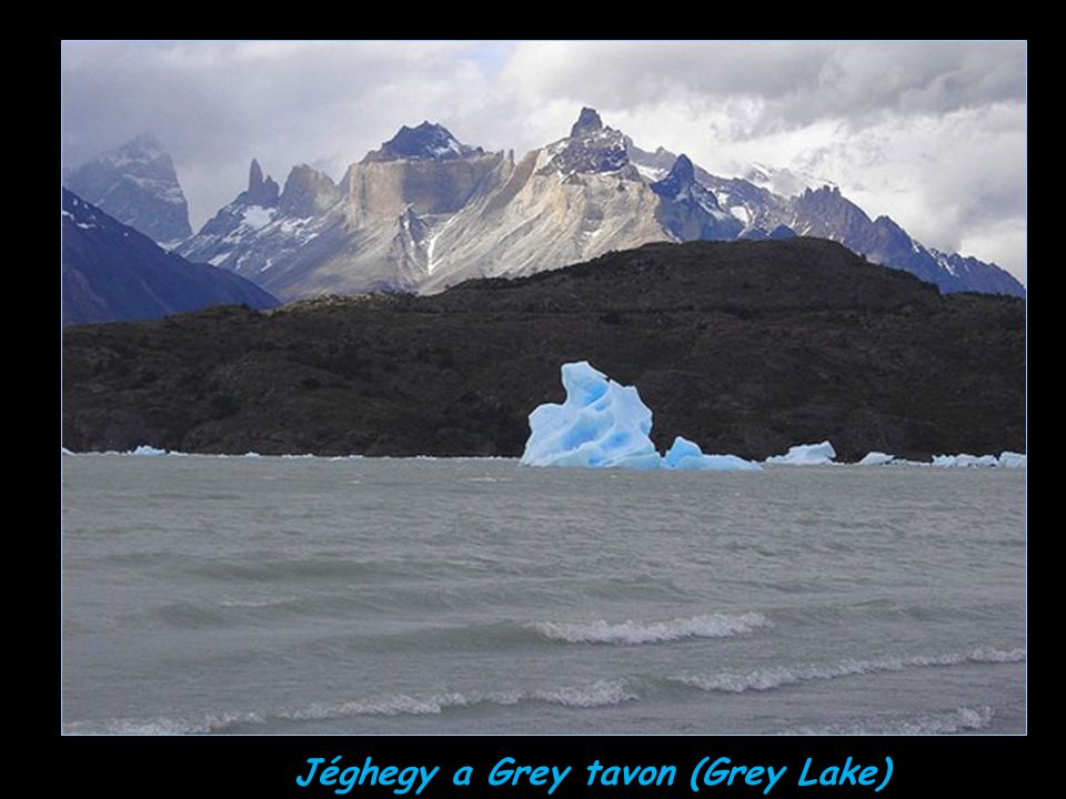 Jéghegy a Grey tavon (Grey Lake)