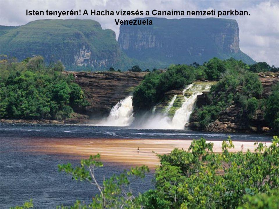 Isten tenyerén! A Hacha vízesés a Canaima nemzeti parkban.