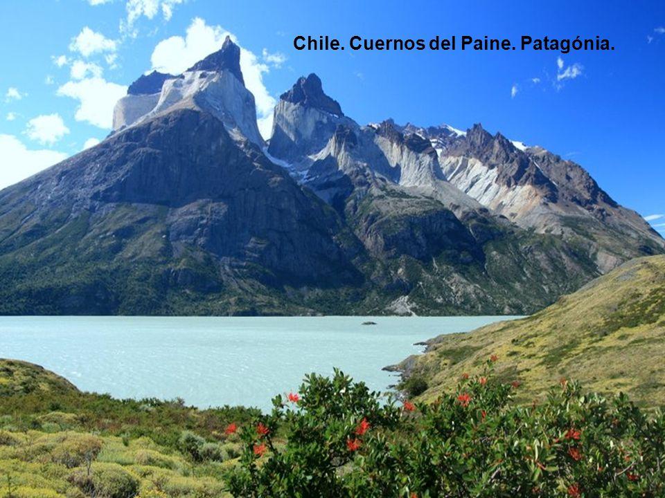 Chile. Cuernos del Paine. Patagónia.