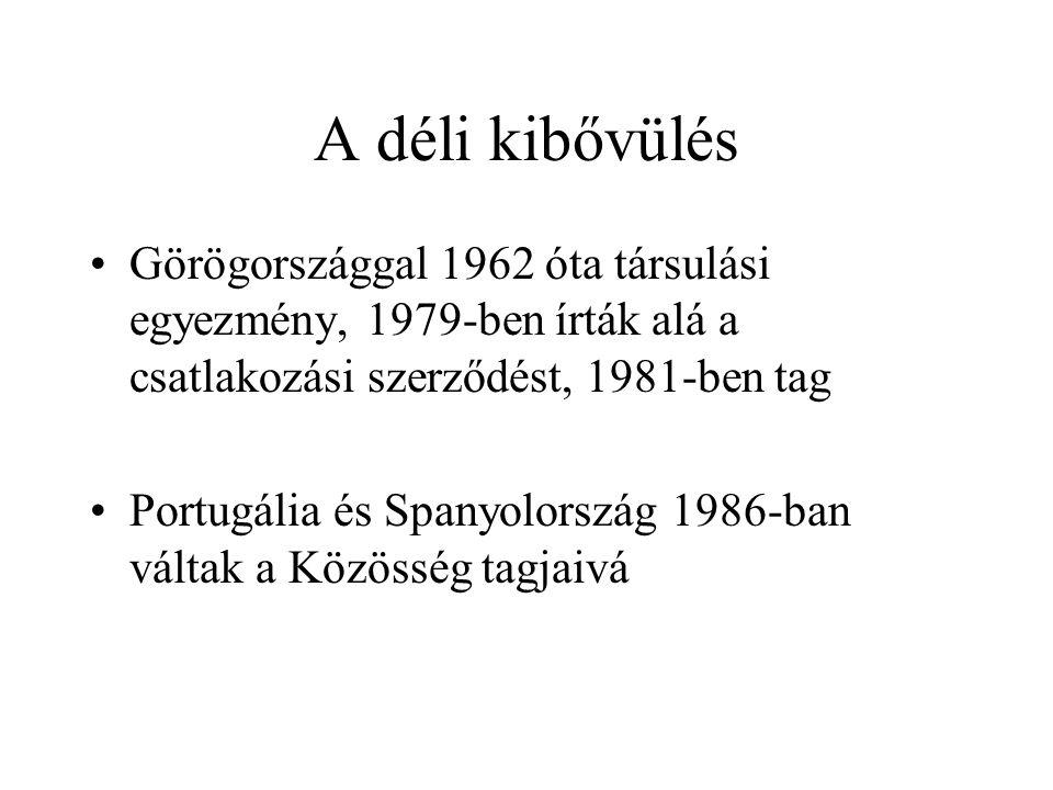 A déli kibővülés Görögországgal 1962 óta társulási egyezmény, 1979-ben írták alá a csatlakozási szerződést, 1981-ben tag.