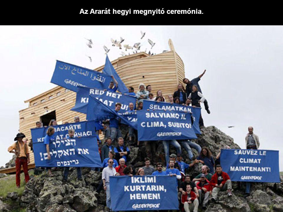 Az Ararát hegyi megnyitó ceremónia.