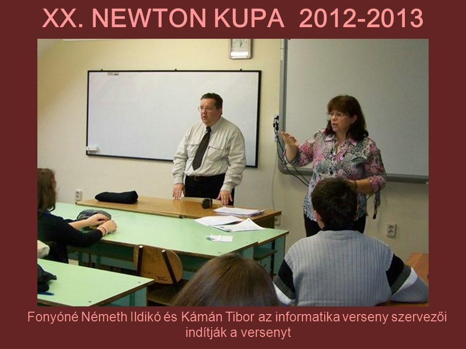 Fonyóné Németh Ildikó és Kámán Tibor az informatika verseny szervezői