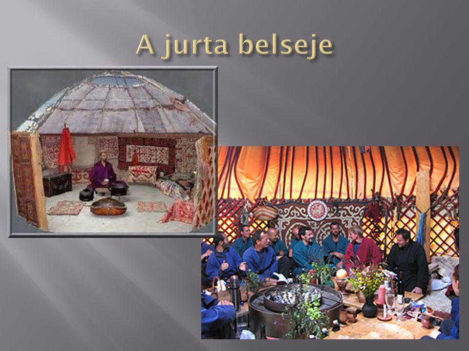 A jurta belseje