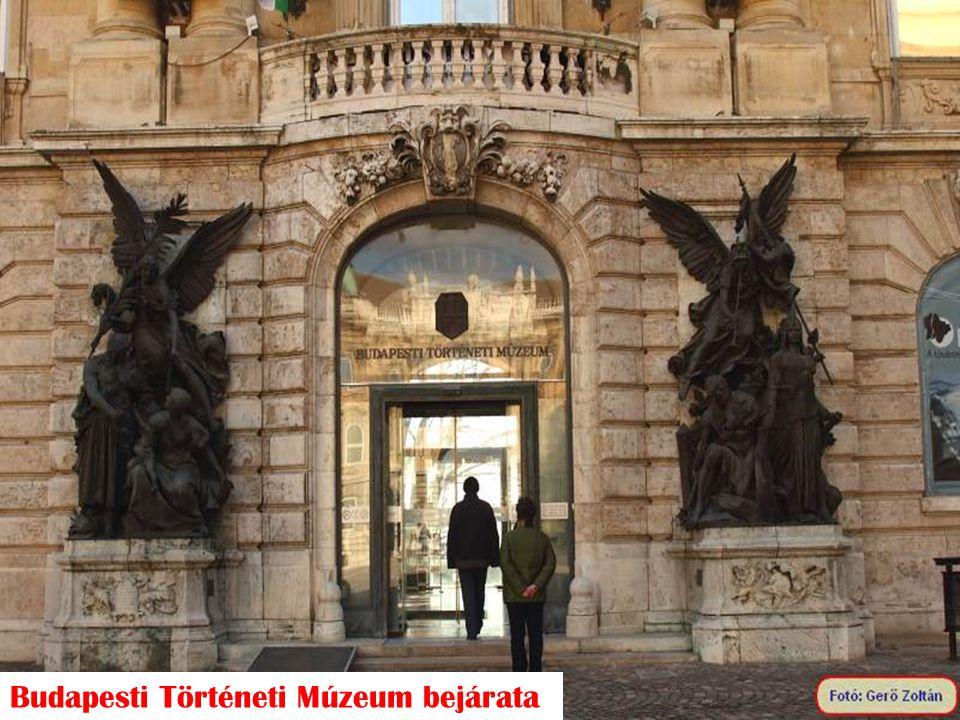 Budapesti Történeti Múzeum bejárata