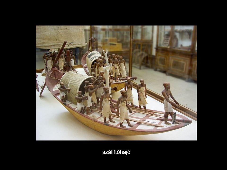 szállítóhajó