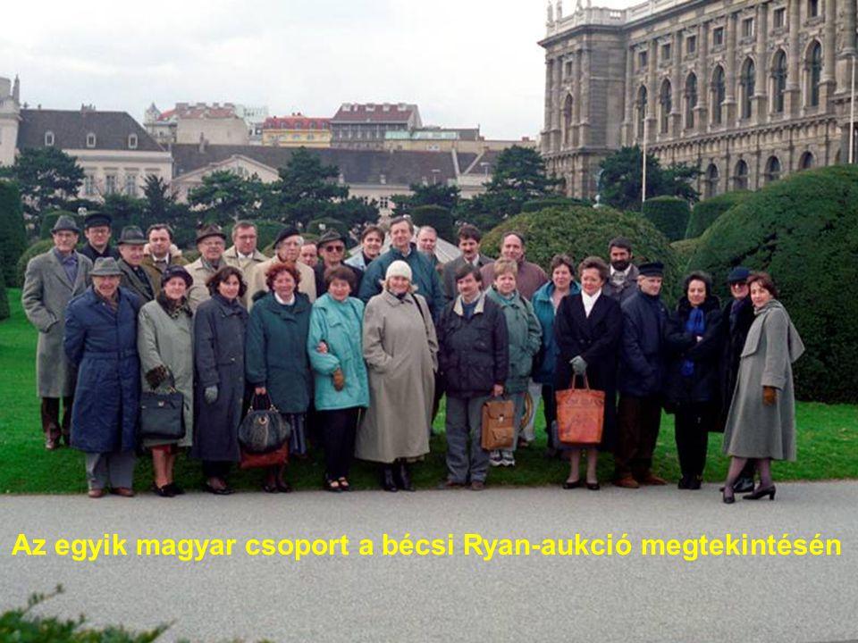 Az egyik magyar csoport a bécsi Ryan-aukció megtekintésén