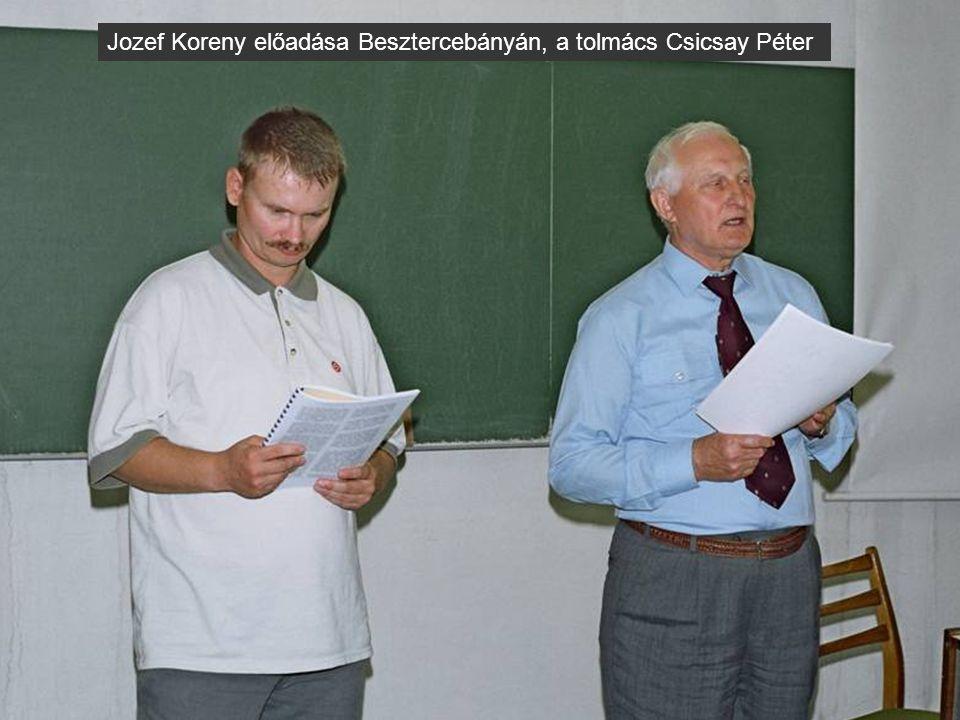 Jozef Koreny előadása Besztercebányán, a tolmács Csicsay Péter
