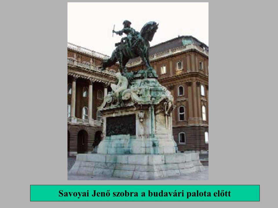 Savoyai Jenő szobra a budavári palota előtt