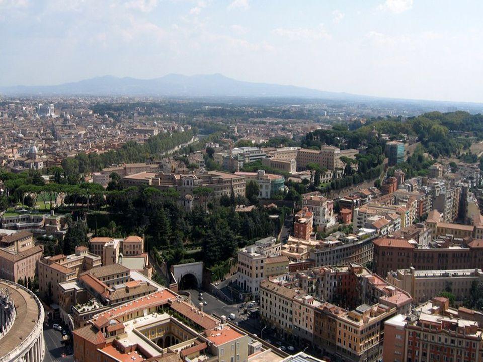 Közigazgatás A mai Róma közigazgatásilag 32 negyedből áll.