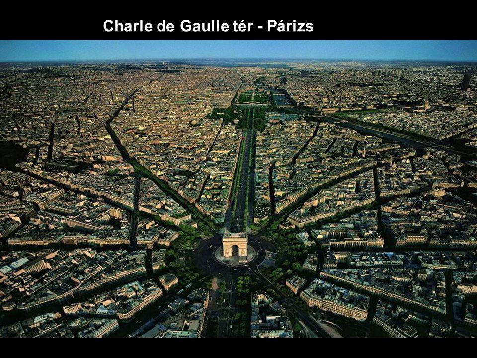 Charle de Gaulle tér - Párizs