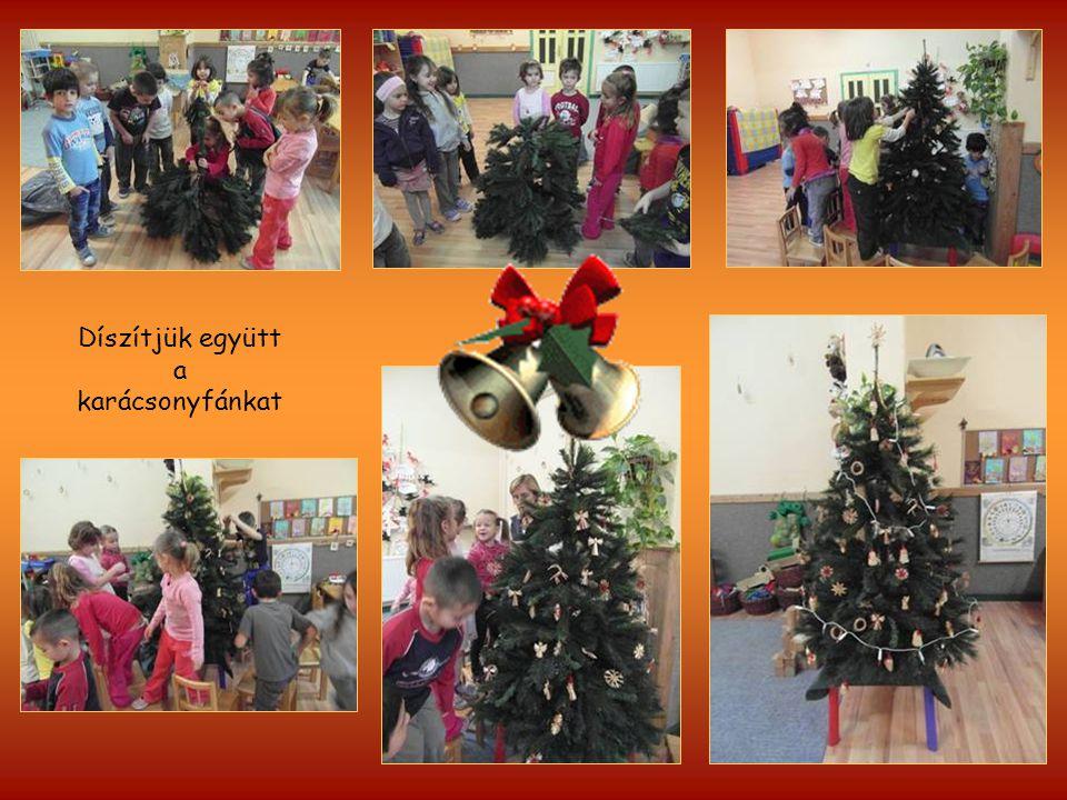 Díszítjük együtt a karácsonyfánkat