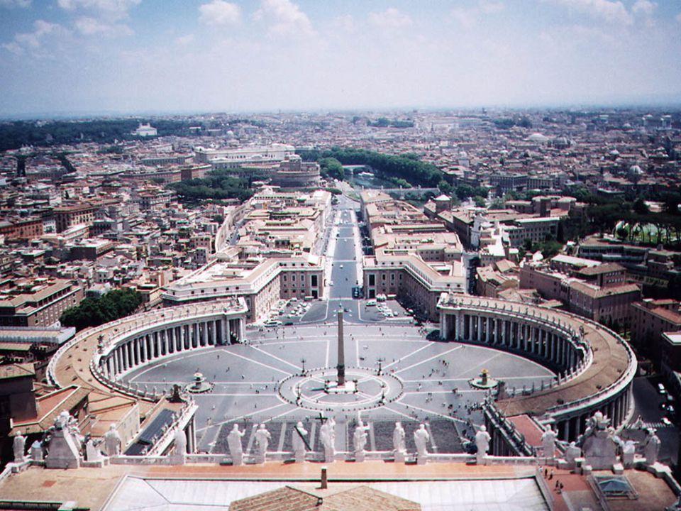 A pápai tisztség a VI. sz.-ban még minden püspököt megillet a pápai cím. a VII. sz.-tól a pápa Szent Péter utóda Róma püspökeként.