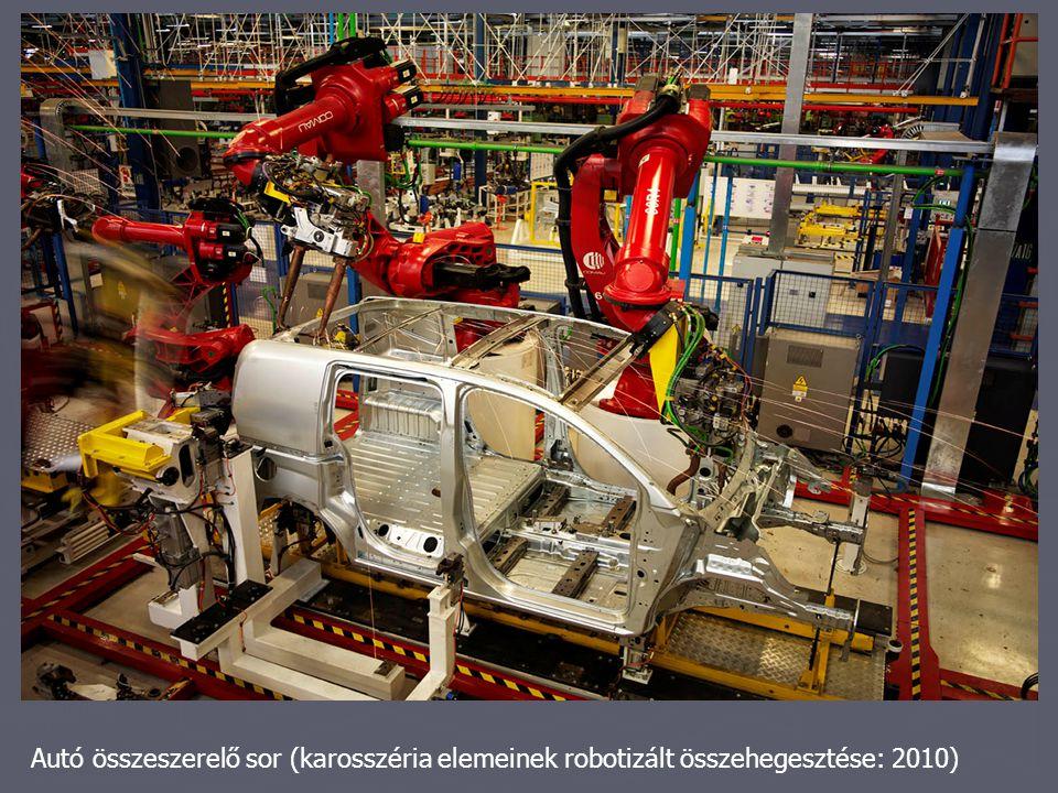 Autó összeszerelő sor (karosszéria elemeinek robotizált összehegesztése: 2010)