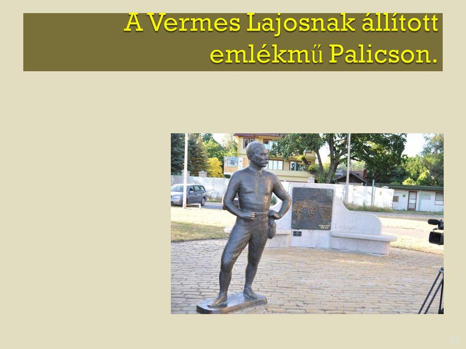 A Vermes Lajosnak állított emlékmű Palicson.