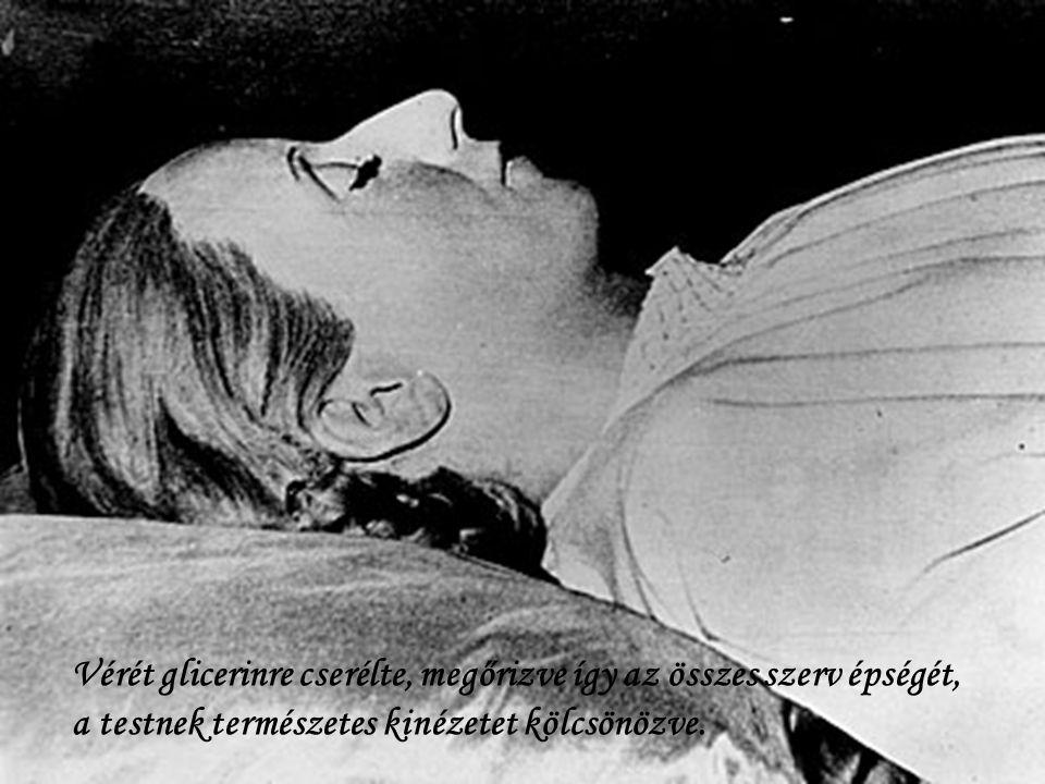 Vérét glicerinre cserélte, megőrizve így az összes szerv épségét,