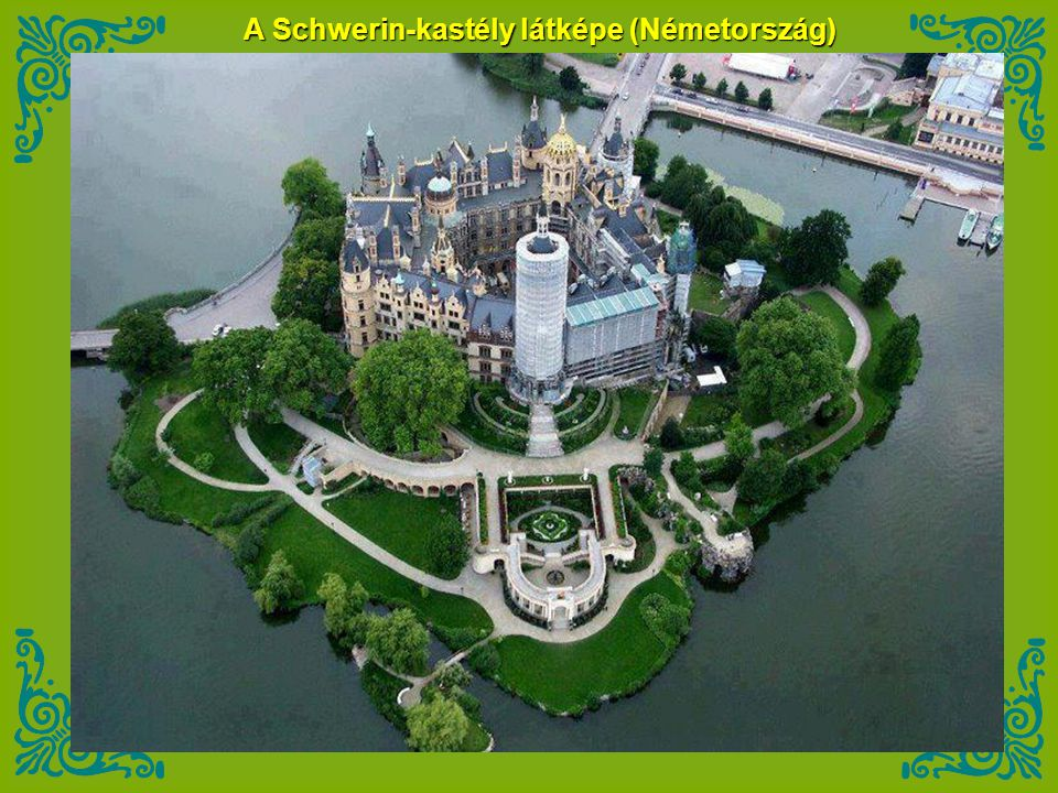 A Schwerin-kastély látképe (Németország)