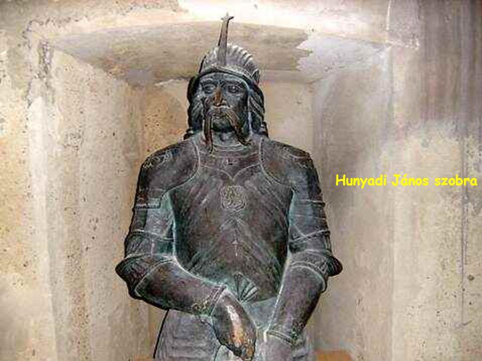 Hunyadi János szobra Hunyadi János szobra