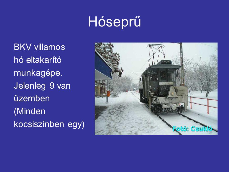 Hóseprű BKV villamos hó eltakarító munkagépe. Jelenleg 9 van üzemben