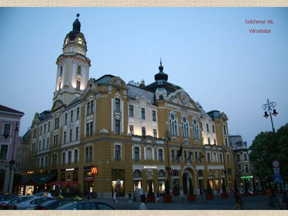 Széchenyi tér, Városháza
