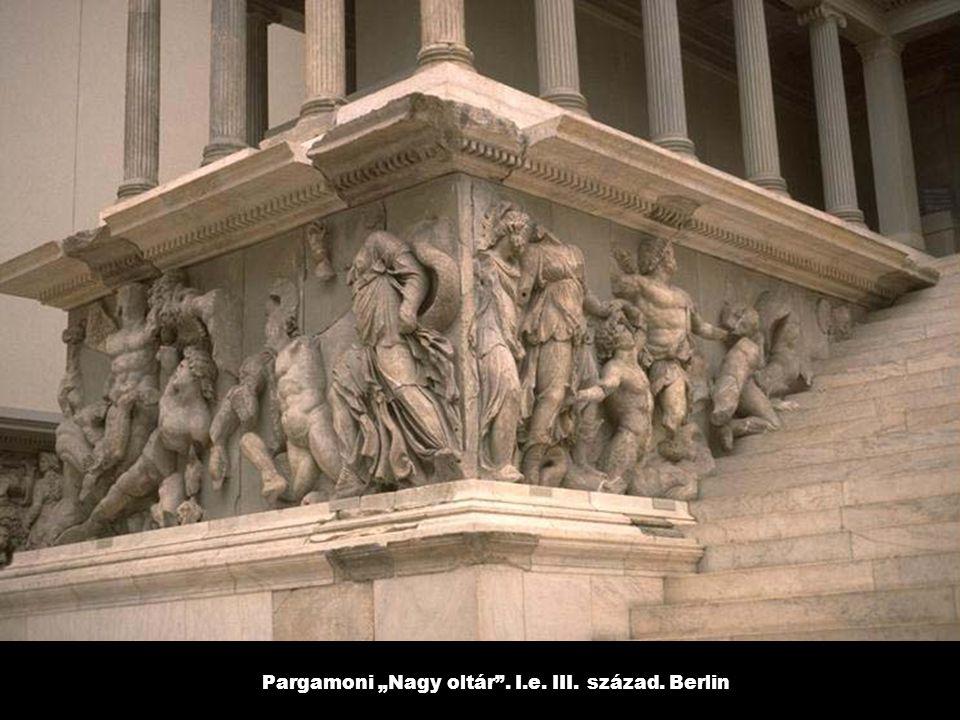 """Pargamoni """"Nagy oltár . I.e. III. század. Berlin"""