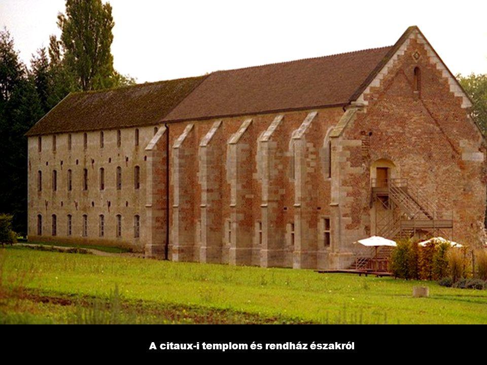 A citaux-i templom és rendház északról